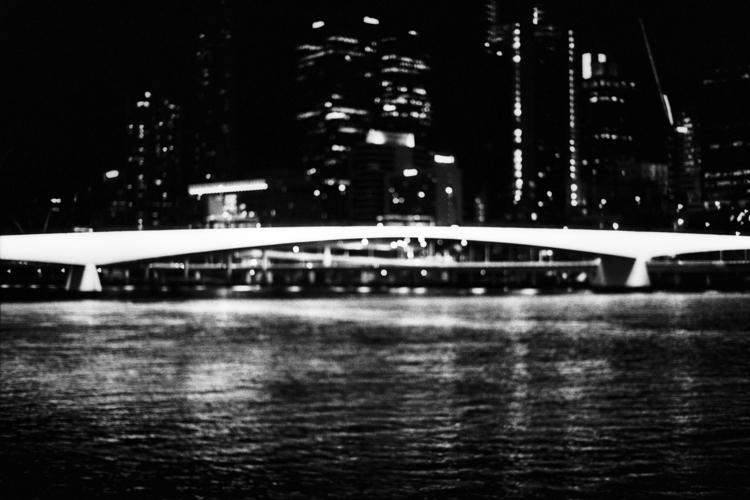 Incandescent Victoria Bridge Br - dropshot   ello