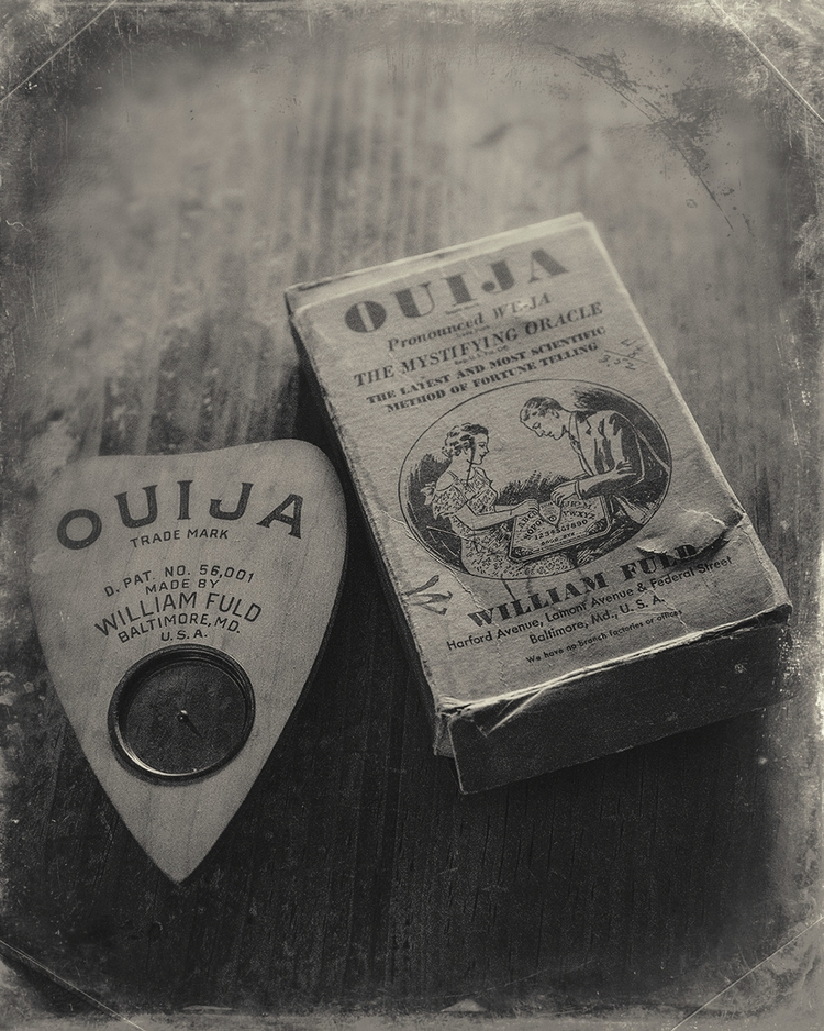 Ouija, Ouijaboard, WilliamFuld - digitalartform | ello