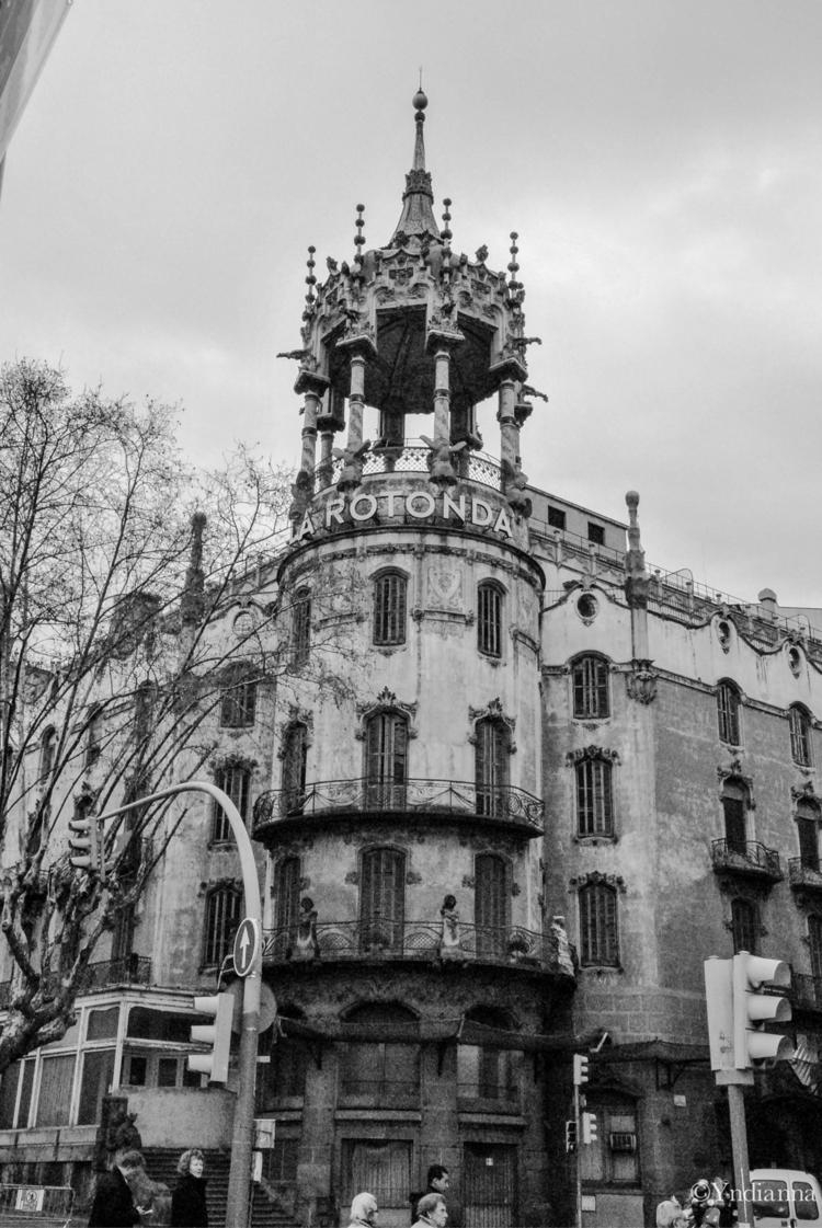 Torre Andreu La Rotonda, Barcel - yndianna | ello