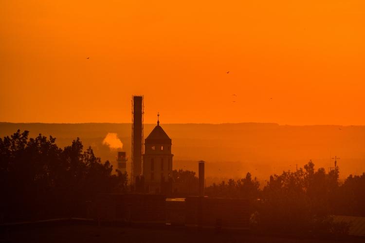 Sunset Zielona Góra (2017 - paweladamski | ello
