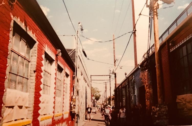 crowded alleyway. september 201 - unhannahm | ello