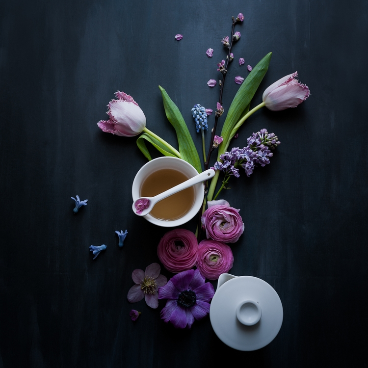 Moody spring flowers tea - c_colli | ello