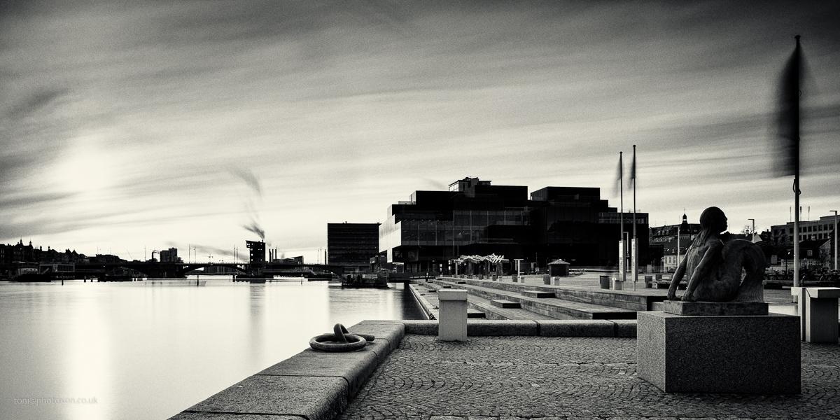 water (Mermaid - Denmark, Copenhagen - toni_ertl | ello