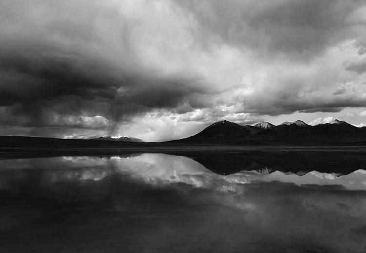 | - blackandwhite, monochrome, mobilephotography - dolcka | ello
