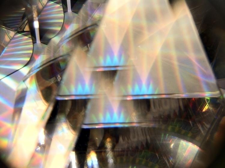 prism, prismlens, diffraction - nsputnik | ello