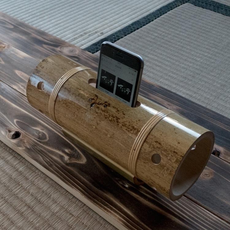 Hand Bamboo Speaker  - Ajate - legouter | ello