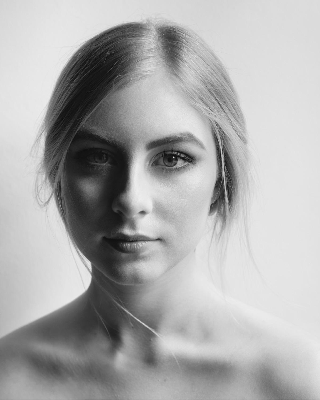 BW portrait - ello, ellophotography - yiannikantros | ello