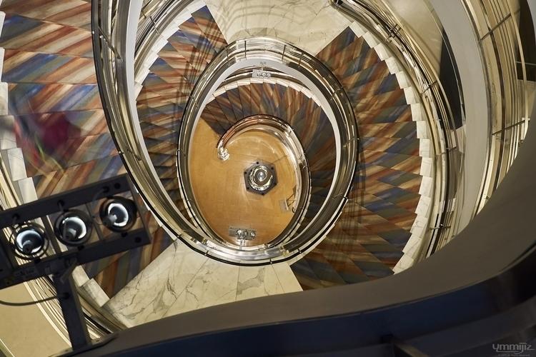 Reflected Spiral - rubinmuseumofart - ymmijiz | ello