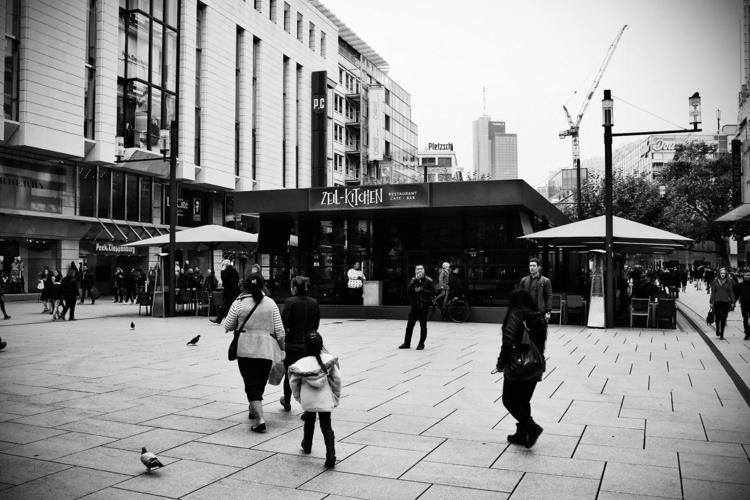 Zeil Kitchen - Frankfurt, cityscape - borisholtz | ello