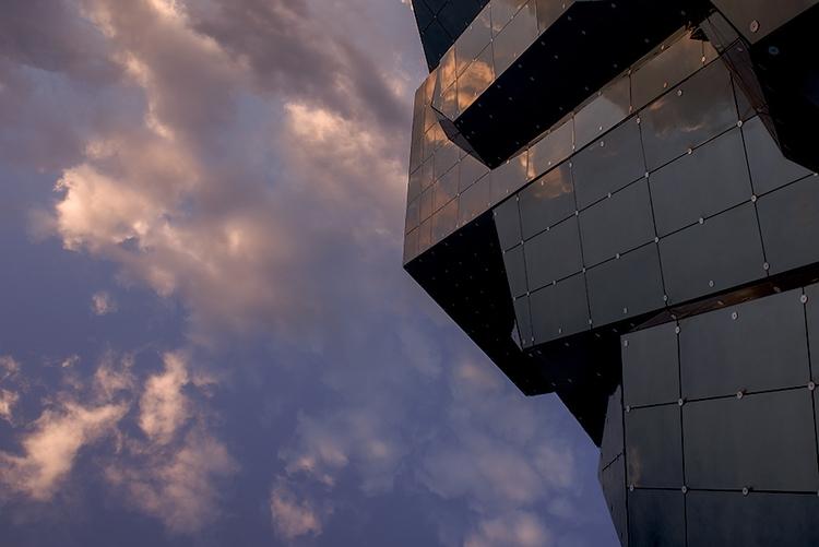 Vertigo 3 - photography, architecture - toitagl | ello
