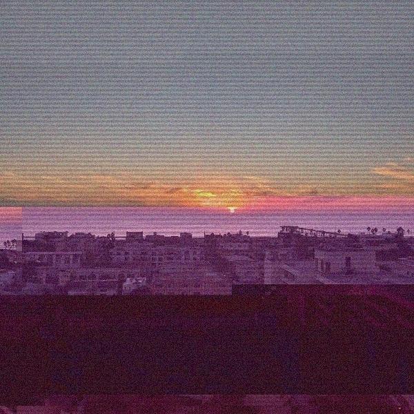 Distorted sky distorted mind - glitch - jonromero | ello