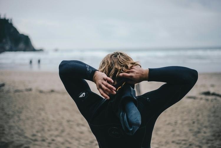 Prepping surf. 10/15/17 - potrait - nateroberson | ello