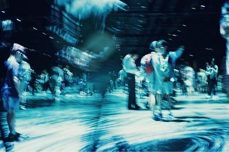 enter ether - people, blur, photography - kubothekid   ello