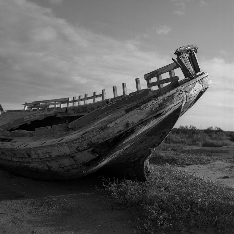 Ello - spain, hasselblad, boat - juananguerrero | ello