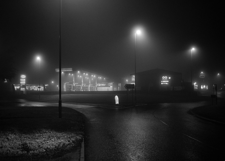 mist, BW shots time time. ring - mikebeecham | ello