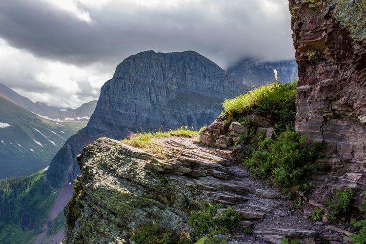 Grinell Glaicer Trail, Glacier  - bcreativ | ello