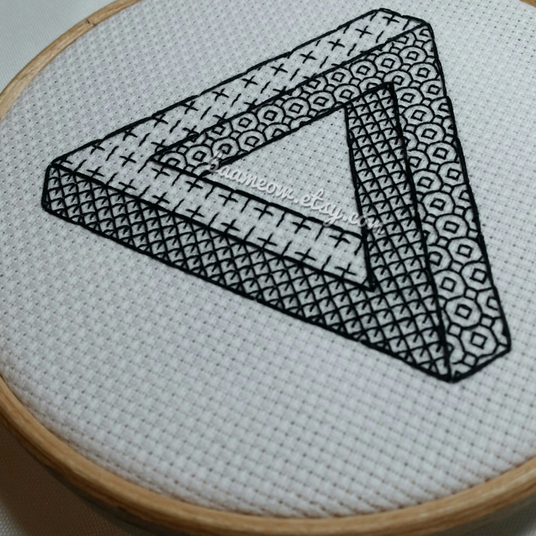 Impossible triangle pattern - impossibleobjects - baameow | ello