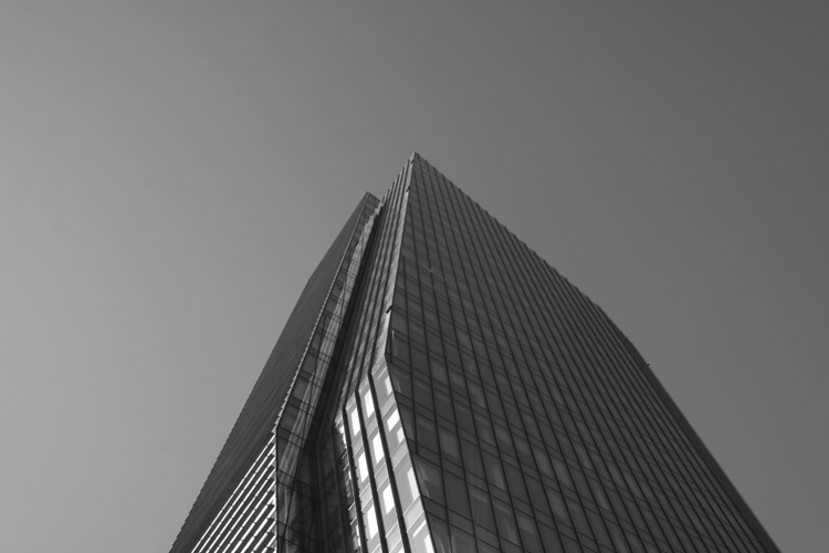 Diamond Tower - bw, snap, Milan - guido_chiabrera | ello