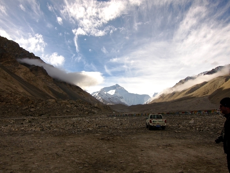 Mount Everest, Tibet - mounteverest - visual_architecturism | ello