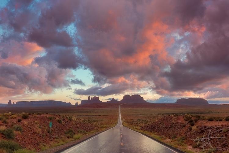 Sunset Highway 163, Monument Va - mrickard5 | ello