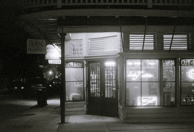 corner store - street, streetphotography - musubk | ello