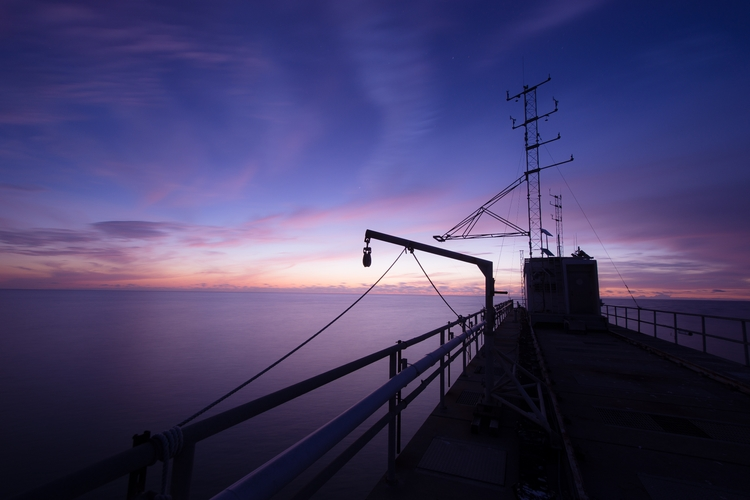 Sunrise pier, Duck, North Carol - musubk   ello