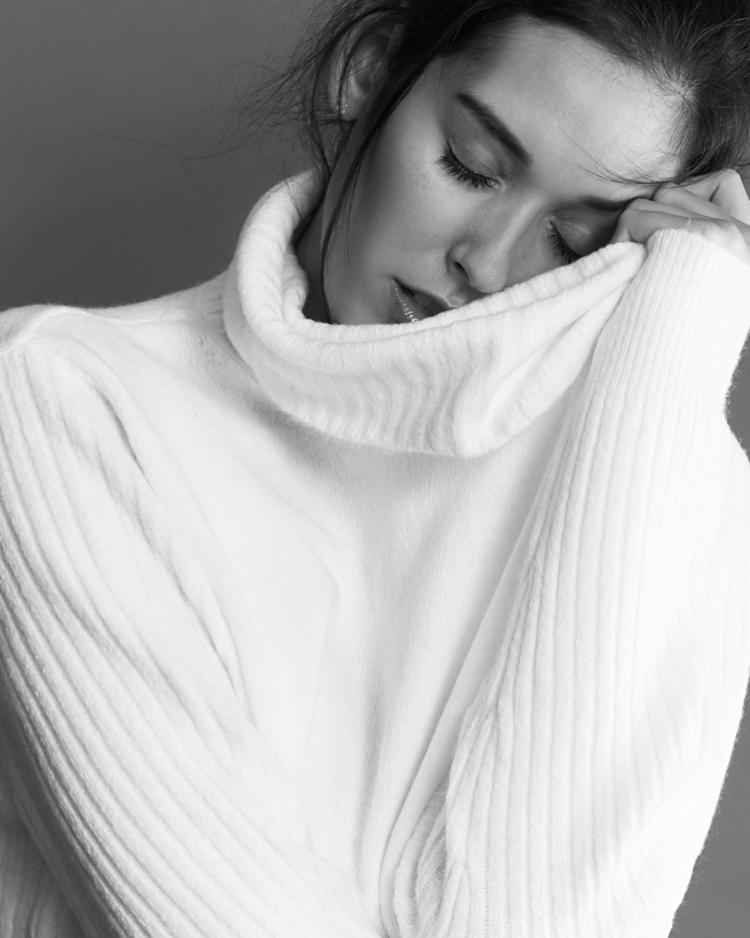 Alexa Taylor - portrait, blackandWhite - rmccormickphoto | ello