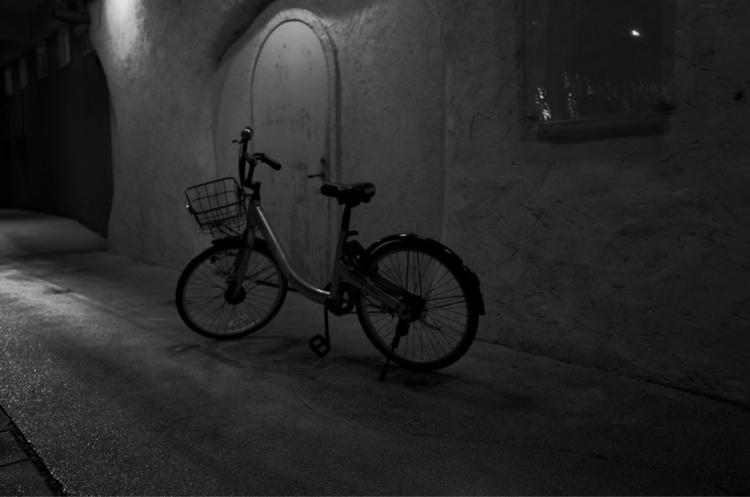 Lonely bike - RicohGR2 - migle | ello