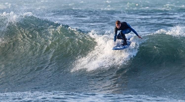 Newquay, Cornwall, UK - surf, surfer - applebear1976   ello