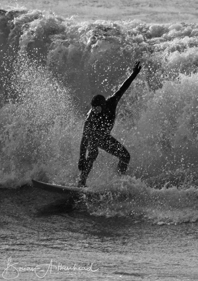 Porthleven, Cornwall - surf, surfer - applebear1976 | ello