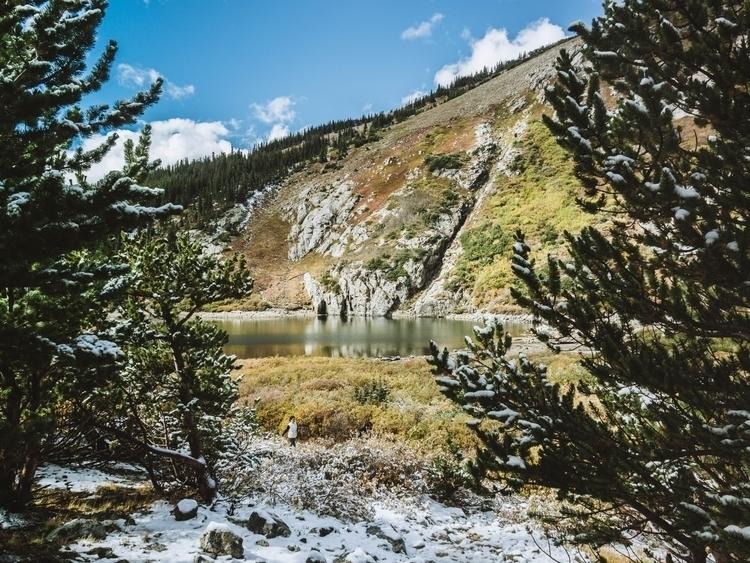 Olympus Boulder, St. Glacier, V - juliaschroeder | ello