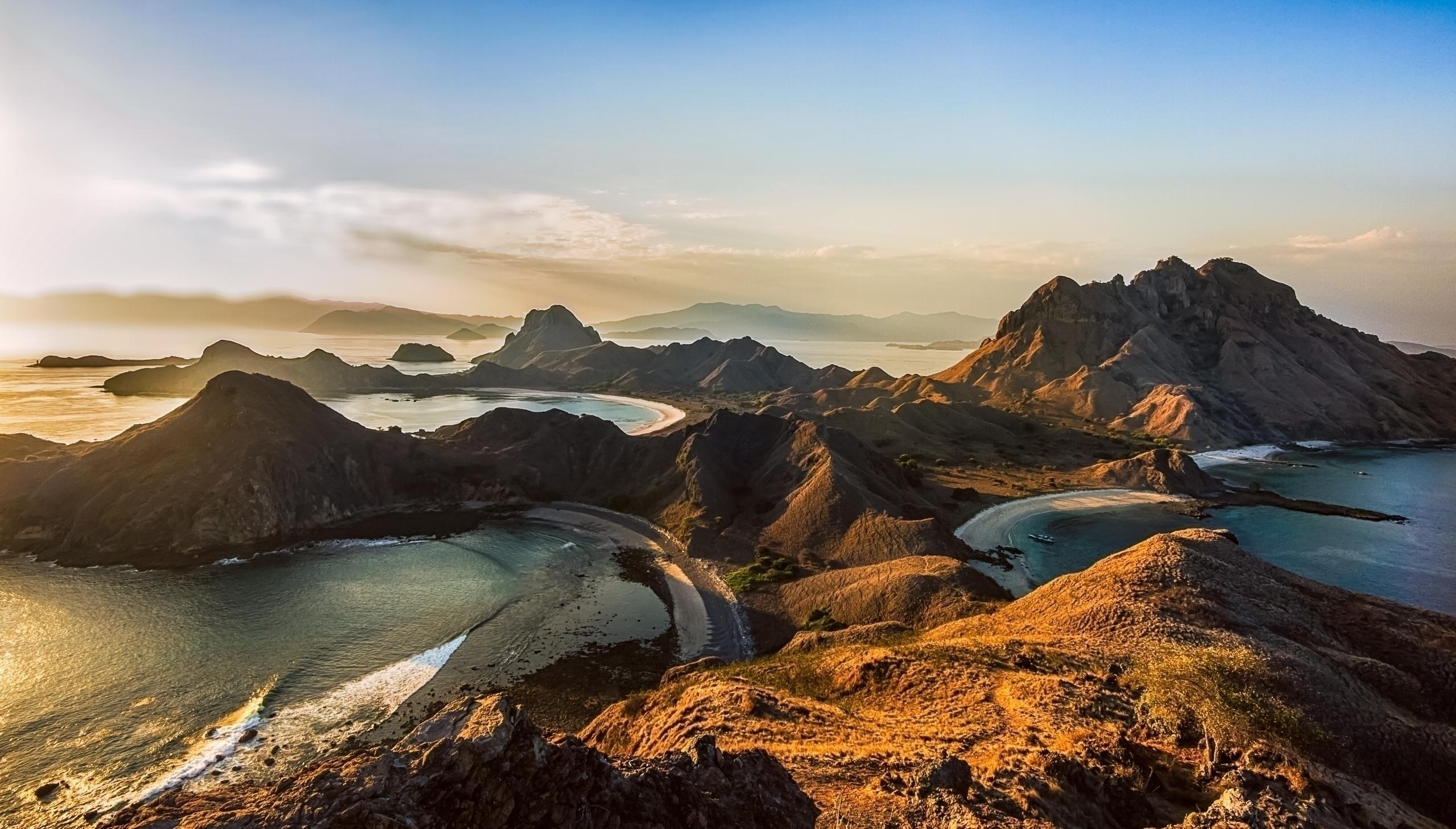 Padar Island, Komodo National P - malloryontravel | ello