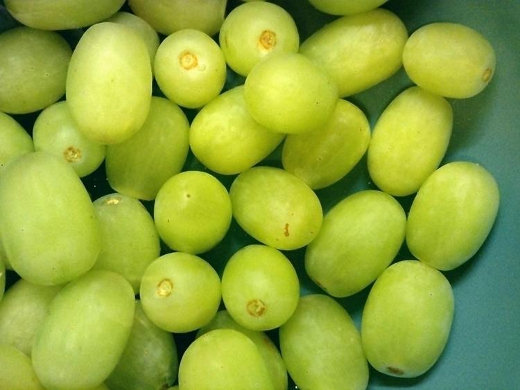 Green Grapes - photo, green, burst - dispel | ello