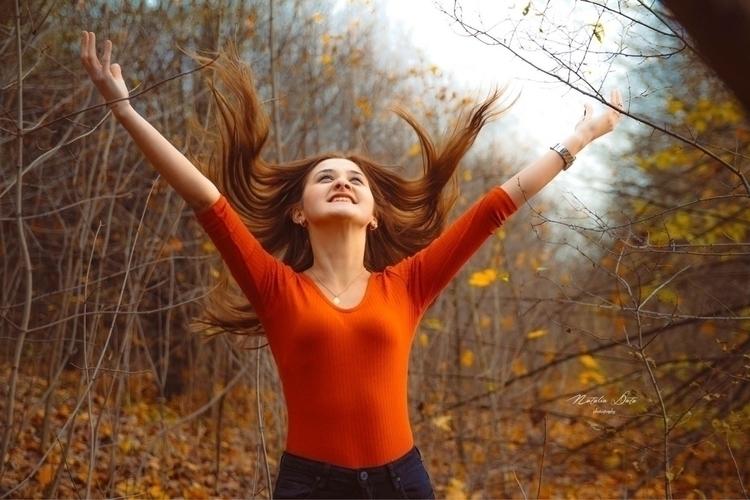 Autumn Time - girl, hair, wind, autumn - natusia62 | ello