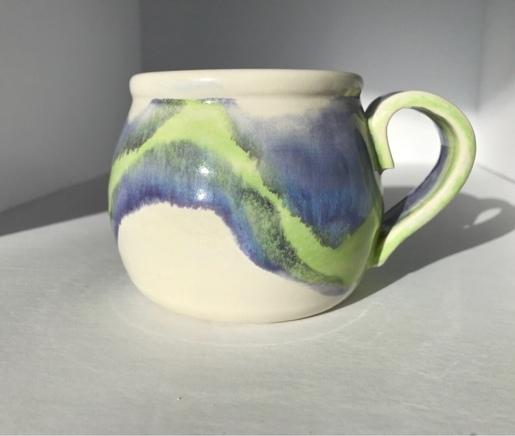 mug reminds northern lights - PearsonsPottery - pearsonspottery | ello