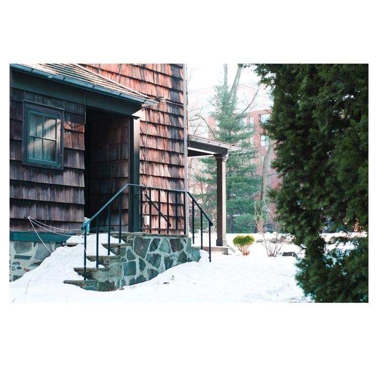 Cabin suburbs.  - minimalism, minimalist - _edwardwang | ello