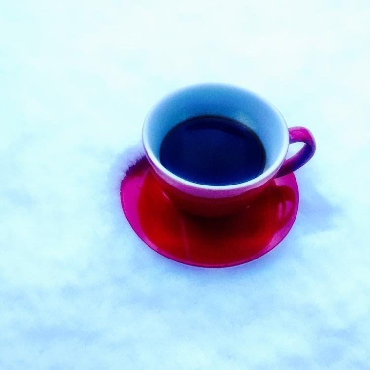 Espresso im Schnee - kunstreiz | ello