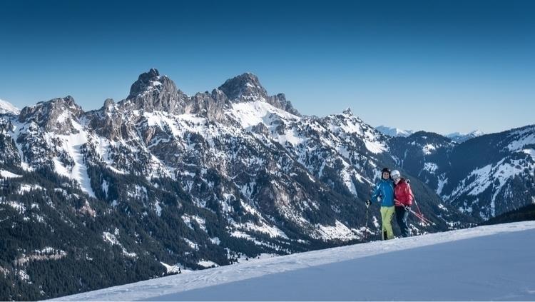 Eve skiing - Tyrol, Austria - jonathonwilliams | ello