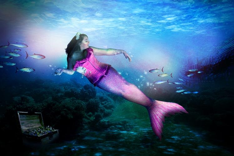 collaboration artist Rhiannon B - mermaidinguk   ello