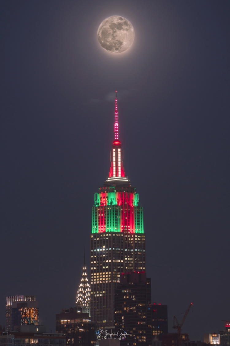 January super moon Empire State - bryangoffphoto | ello