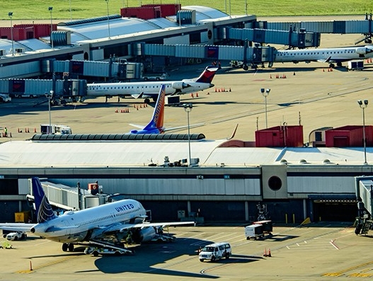 Pittsburgh Airport registers 8 - stattimes | ello