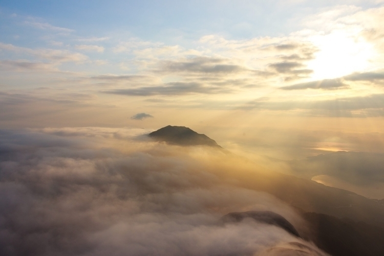 sea cloud Hong Kong. suddenly a - kalongphoto | ello