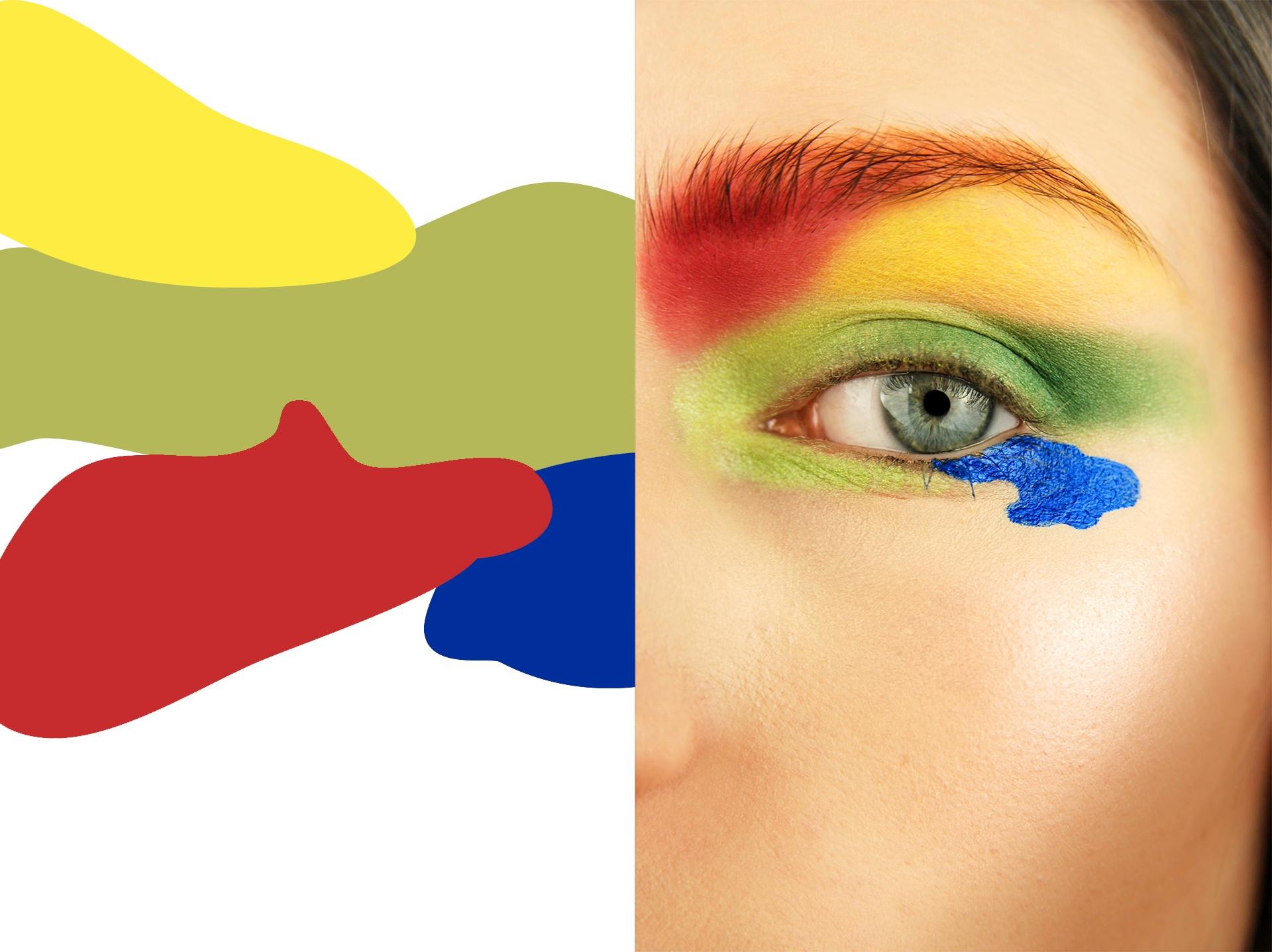 Obraz przedstawia różnokolorowe plamy oraz zdjęcie oka w mocnym makijażu.
