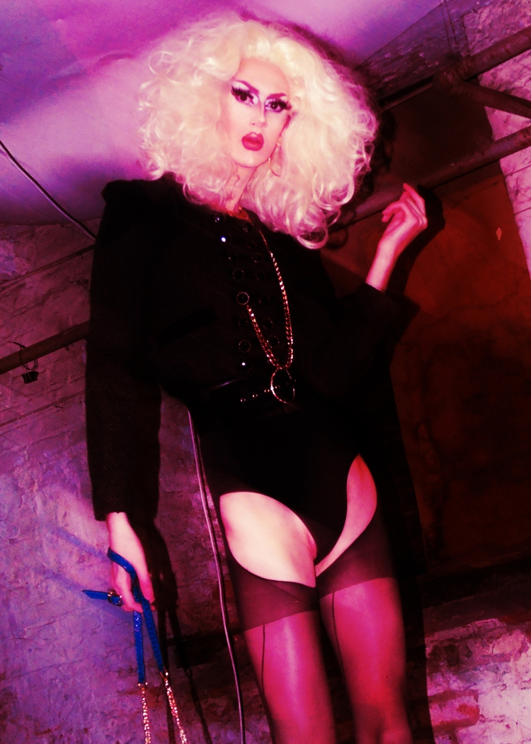 Banksie  - Photography, DragQueens - darlingdesign | ello