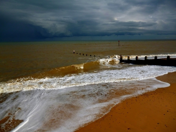 stormy weather - ello, photography - panioan | ello