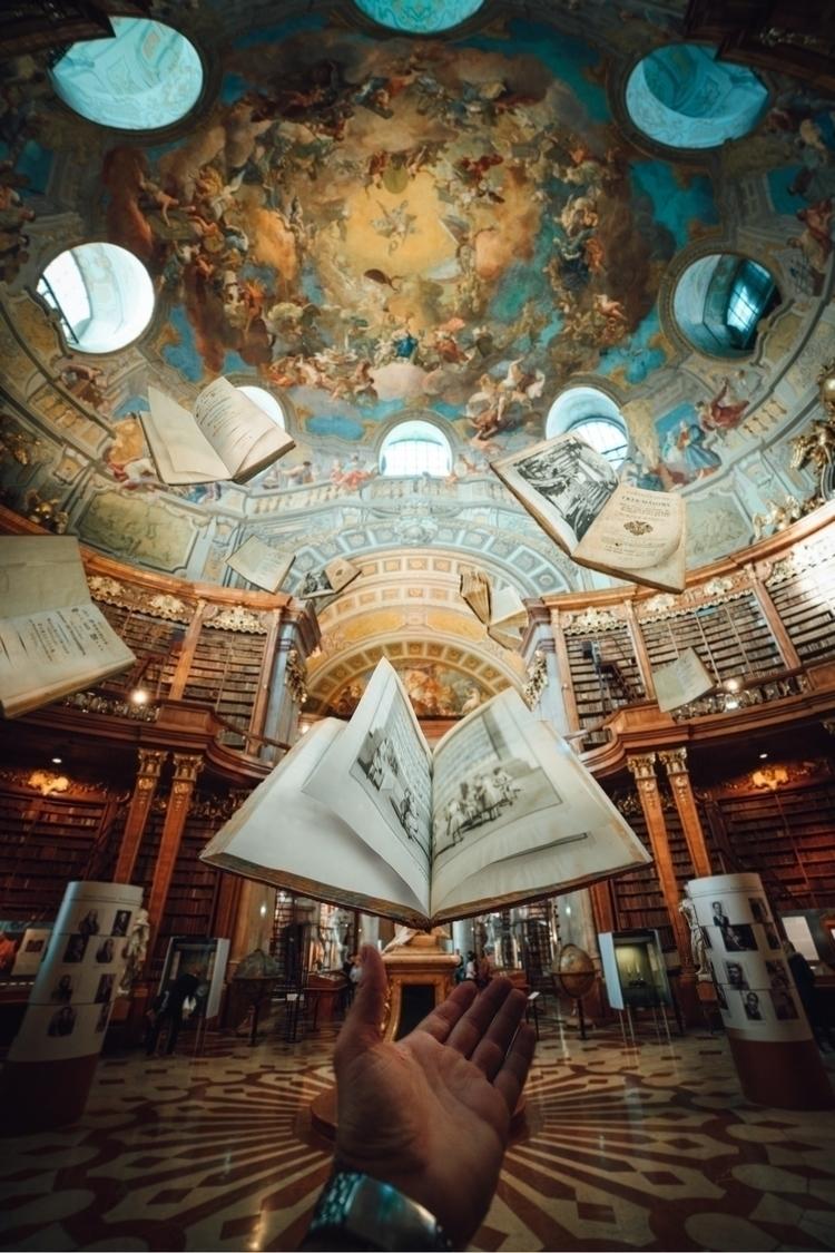 Vienna inspiring ! magical plac - pierre_jpg   ello