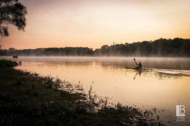 Calm sunrise - Szentendre, Duna - sadmansk | ello