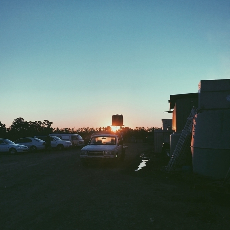 Sunrise - shepparton - yihuac | ello