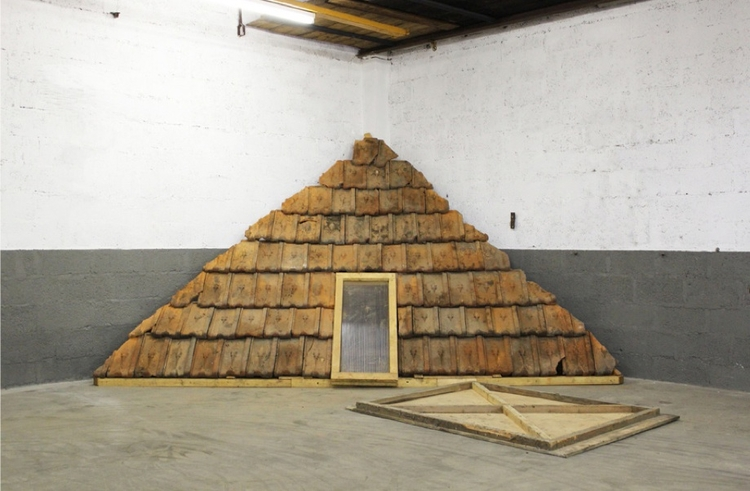 Installation Charles Thomassin  - floatinggallery | ello