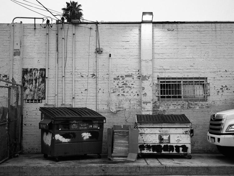 Decay - analog, kodak, film, filmphotography - nicotineplus | ello